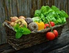 Ukrainiečiai ieško vaisių ir daržovių tiekėjų