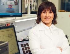 Biochemijos mokslų daktarė Rima Budvytytė: dirbti skatina mintis, kad visas pasaulis kenčia nuo šios ligos