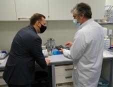Sėkmingi MITA organizuoto konkurso rezultatai – mokslininkai sukūrė pirmąjį lietuvišką antikūnų prieš SARS-CoV-2 nustatymo rinkinį